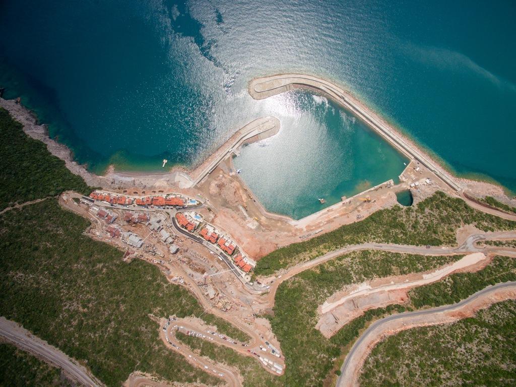Готовая студия на первой линии в проекте Lustica Bay