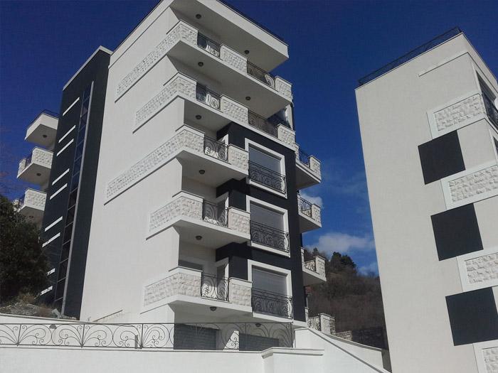 Квартира в новом доме рядом с морем в Бечичи