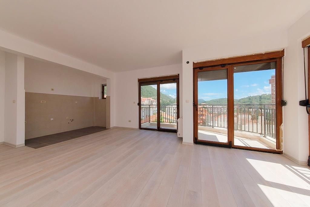 Квартира с 2 спальнями с видом на море