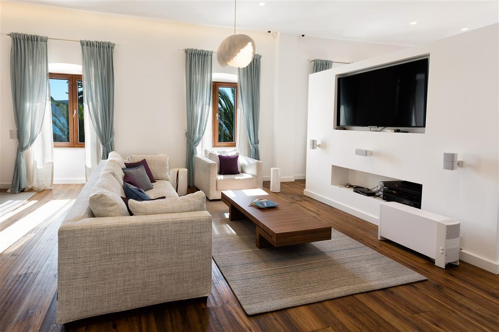 Апартамент с 2 спальнями и прекрасным видом на залив