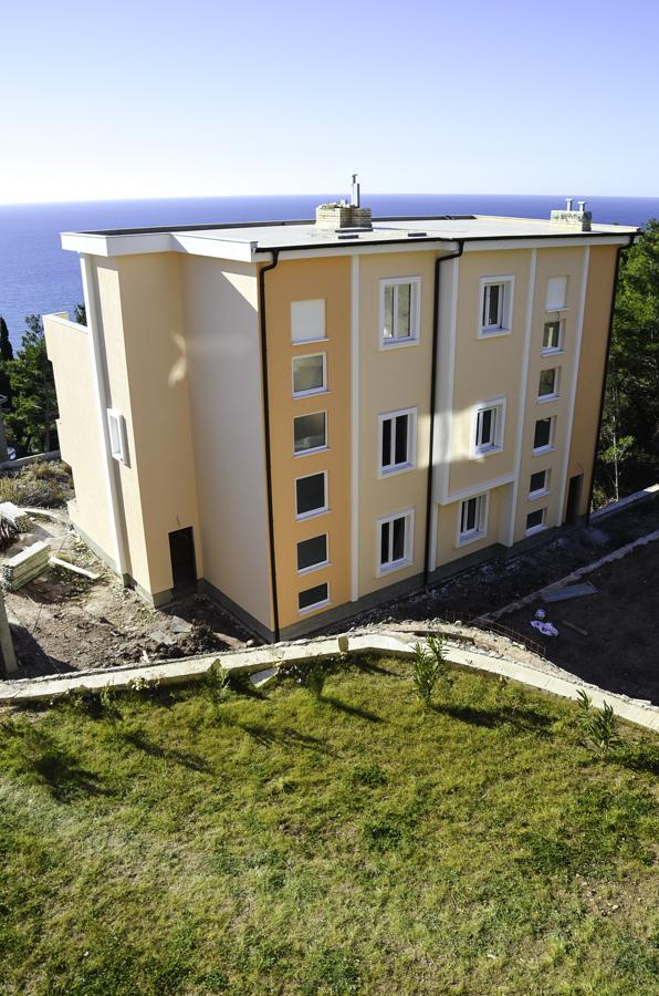 Таунхаус в новом комплексе в Зеленом поясе