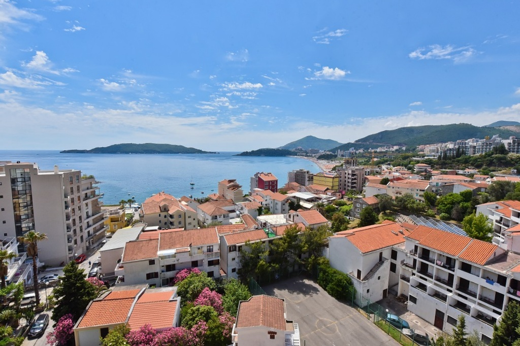 недвижимость в черногории рафаиловичи туалет подойдет для