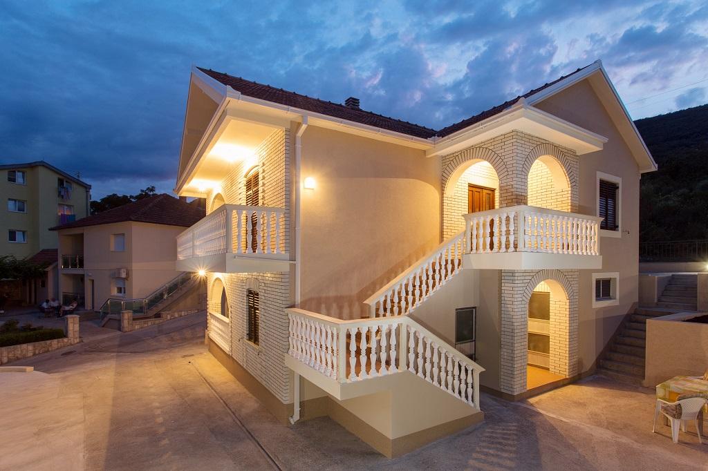 Дом с видом на море в Которском заливе