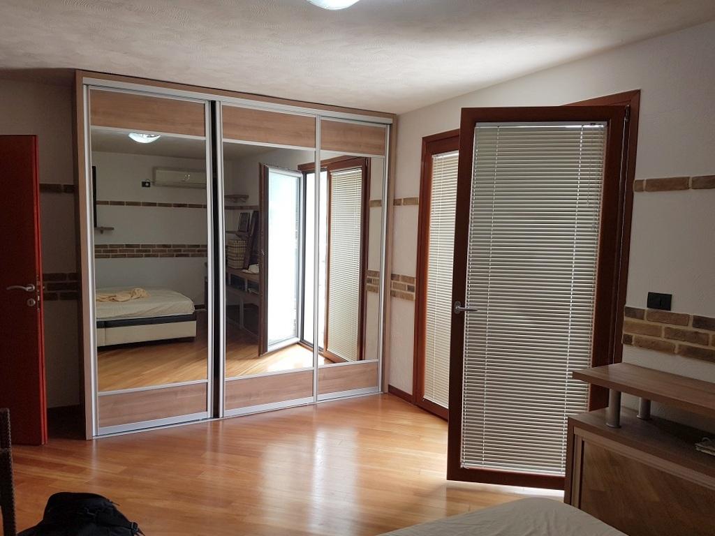 Пентхаус с 4 спальнями всего в 20 метрах от моря!