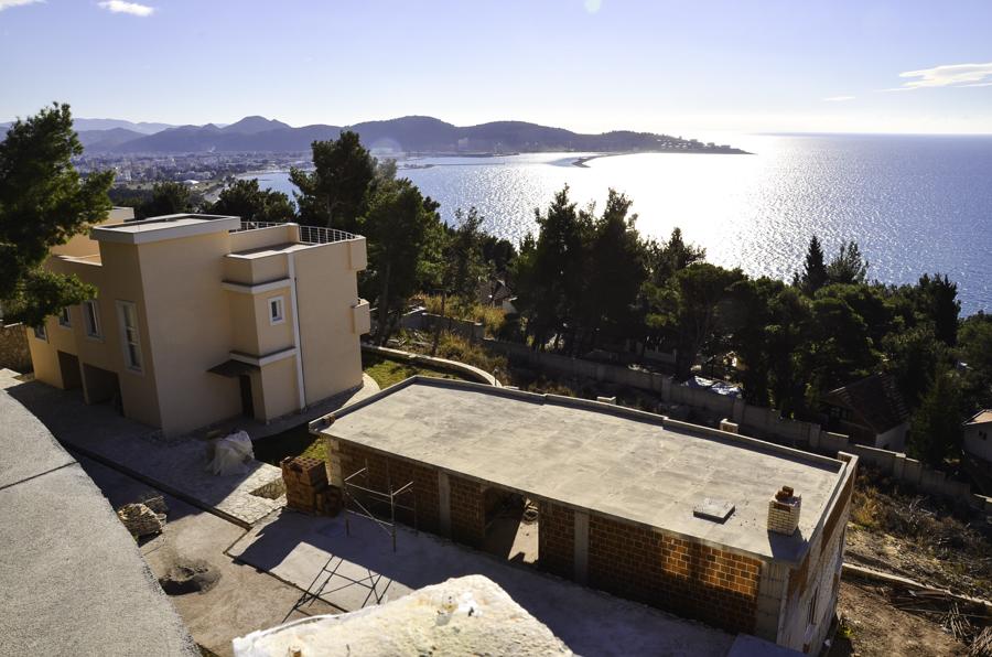Вилла в закрытом поселке с видом на море