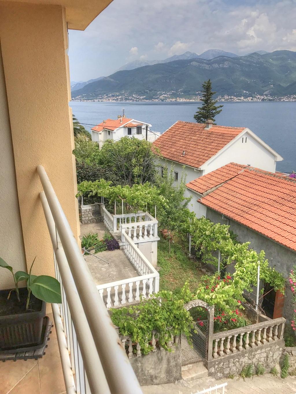 Апартаменты у моря в посёлке Крашичи