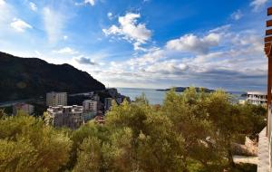 Недвижимость в черногории в тивате