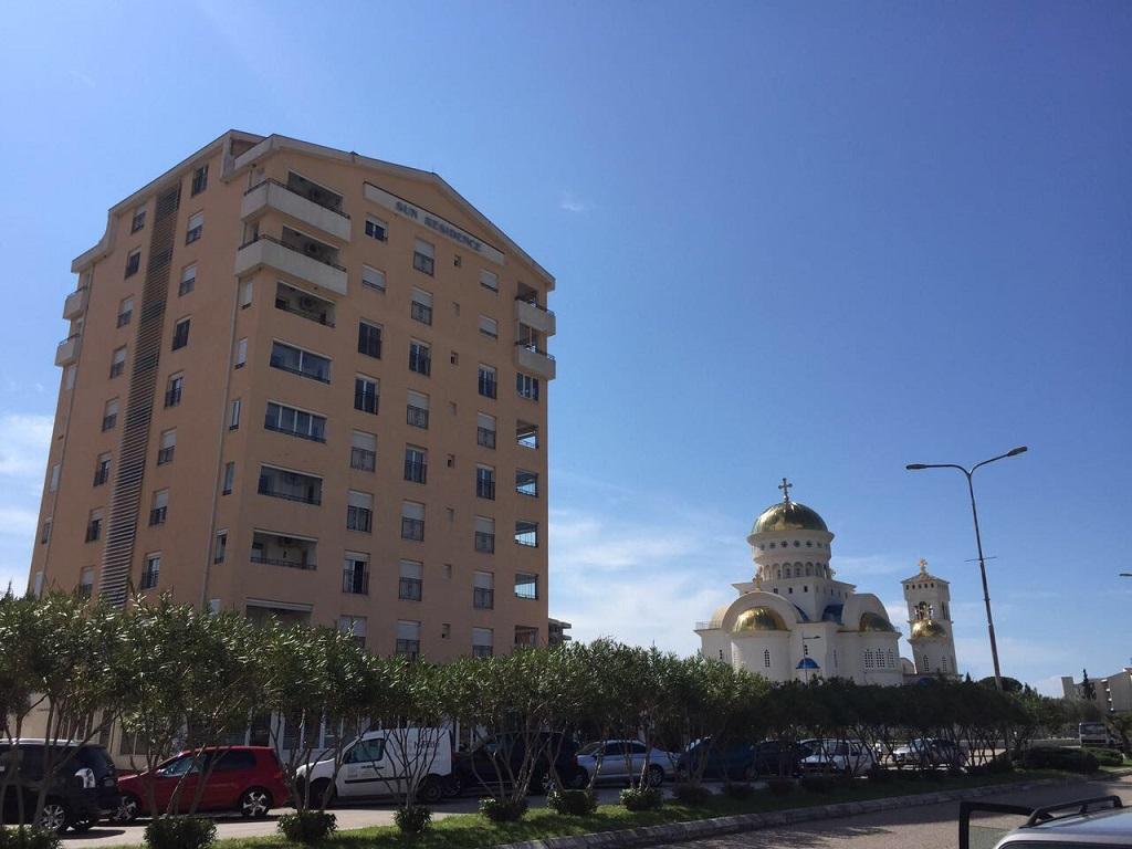 Просторные апартаменты в самом центре Бара