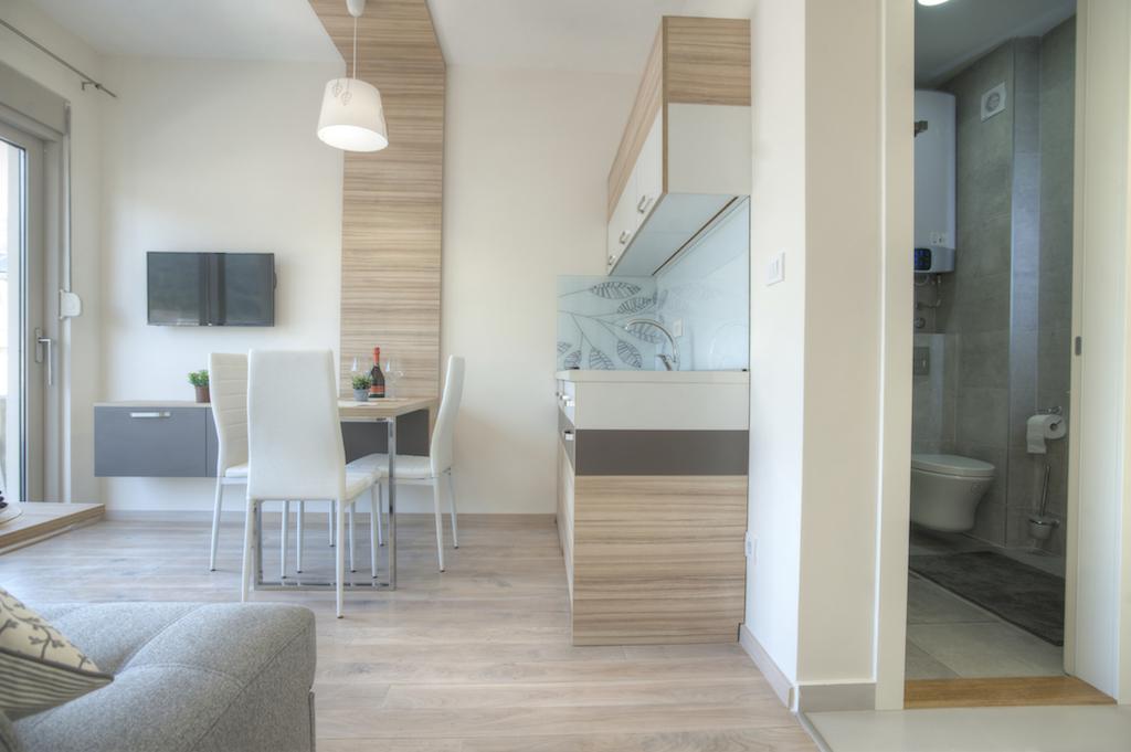 Апартаменты в новом апарт-отеле возле TQ Plaza