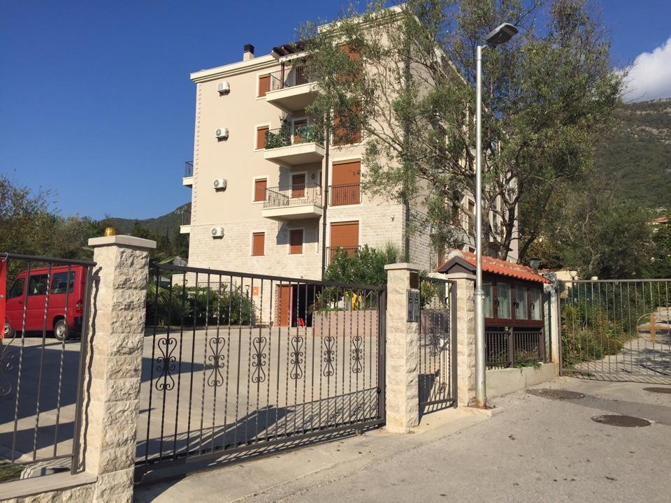 Апартамент в новом жилом комплексе, 50 м от пляжа