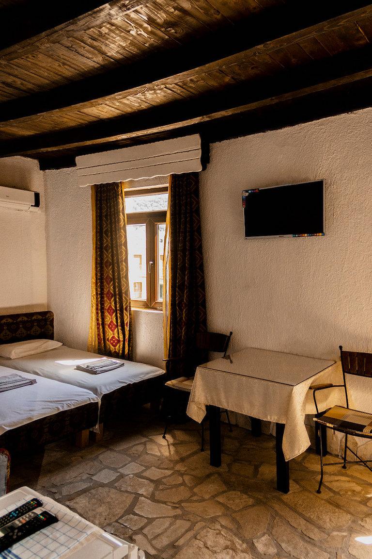 Мини-отель на первой линии моря в Тивате