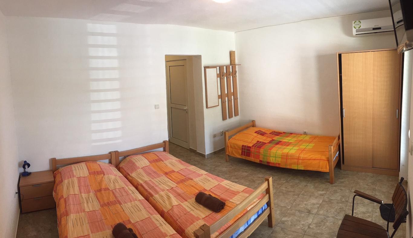 Гостевой дом в 120 м от пляжа в Мельине