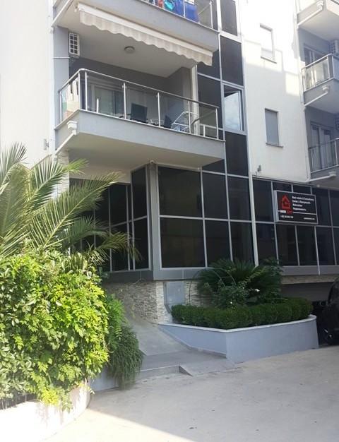 Апартамент в 200м от моря в центре Будвы