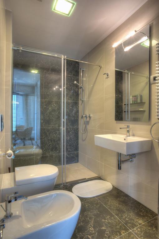 Апартаменты с 3 спальнями в апарт-отеле 4* в центре Будвы