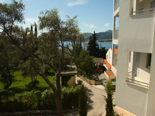 Квартиры в самой красивой части Будванской ривьеры