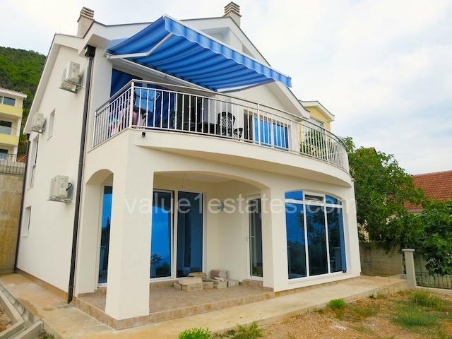 Новый дом с панорамным видом на море