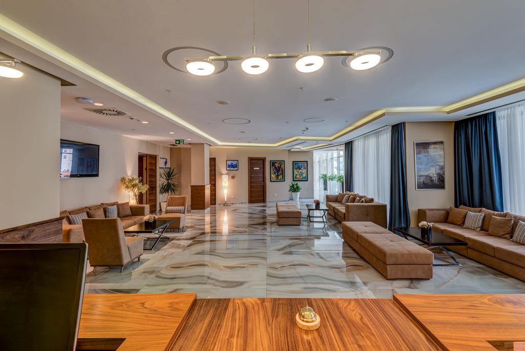 Коммерческое помещение в отеле 4* в центре Будвы