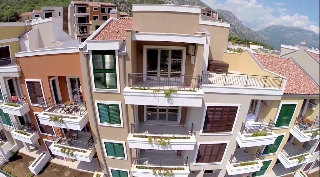 Апартамент в комплексе с бассейном