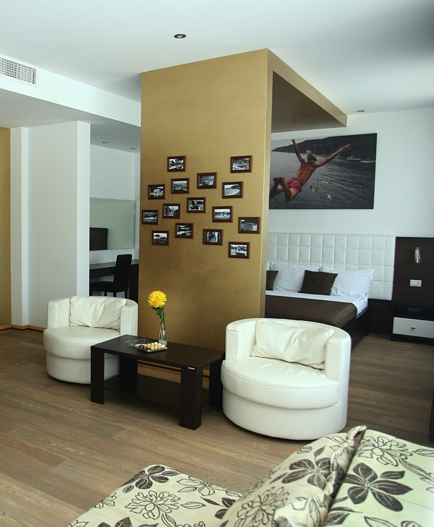 Апартаменты с отличным видом в центре Будвы