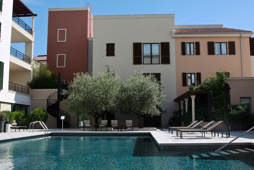 Апартаменты в комплексе Porto Montenegro