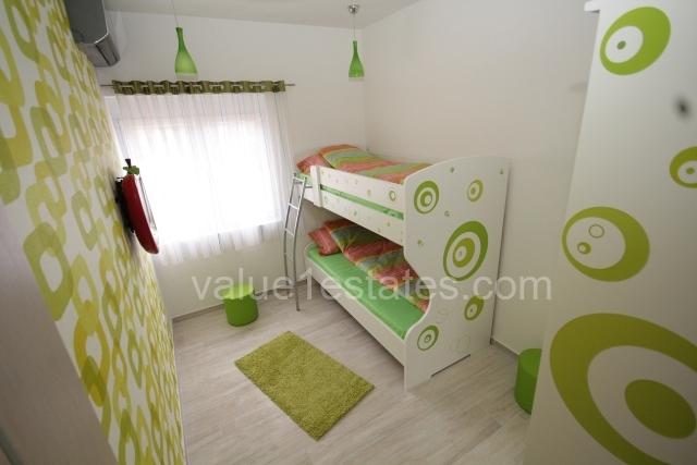 Квартира с 2 спальнями в комплексе на 1 линии
