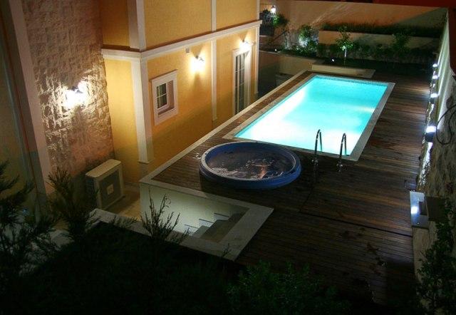 Роскошная вилла с бассейном в Бечичи