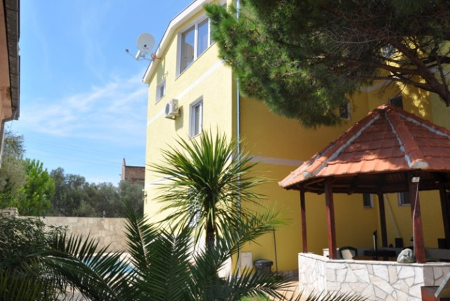 Мини-отель на полуострове Луштица