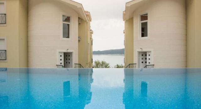 Квартира с 1 спальней в комплексе с бассейном