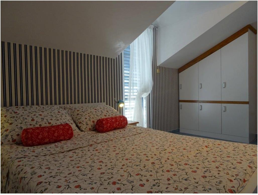 Квартира с красивым видом на Святой Стефан и море