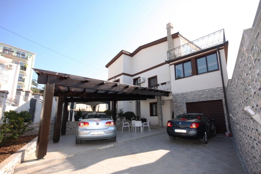 Красивый семейный дом в Шушане