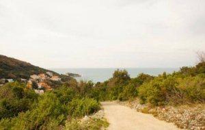 купить землю в черногории у моря